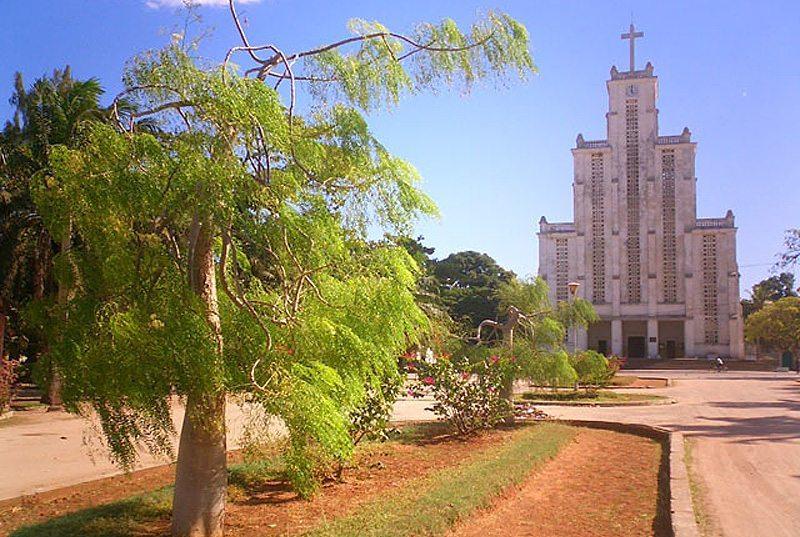 Mahajanga , est une ville portuaire de la côte nord-ouest de Madagascar