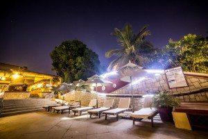 Hôtel Les Roches Rouges Majunga vue la nuit