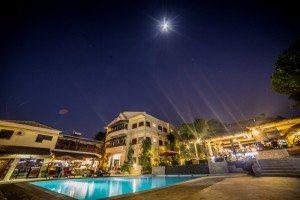hotel avec Piscine à Majunga- Hôtel Les Roches Rouges