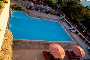 hotel avec Piscine Majunga- Hôtel Les Roches Rouges