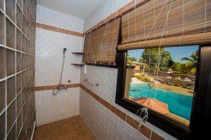 Hôtel Les Roches Rouges Majunga - salle de bain