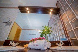 Hôtel Les Roches Rouges Majunga - Salle d'eau